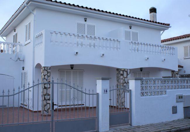 Escala - Ferienhaus