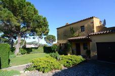 Villa in Estartit - ANDORRA 1