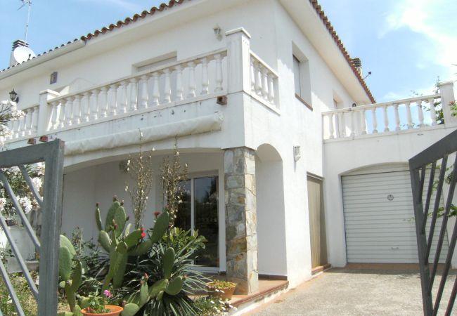 Escala - House